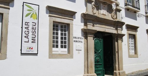 Biblioteca Municipal João Dubraz